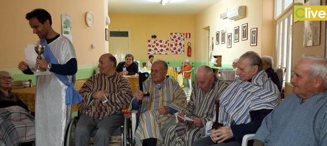 Alla casa di riposo padre massimo barreca anziani e for Case di riposo per anziani