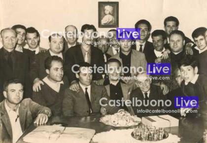 I compagni festeggiano l'elezione di Gino Carollo all'Assemblea regionale