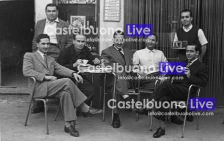 Foto 5 - L'esterno del bar Bonomo in Vicolo del Rilievo alla fine degli anni '40