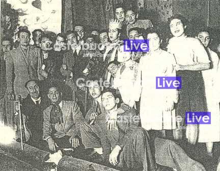 foto 11. Altra fotografia scattta sul palco del vecchio teatro nel 1943  in occasione di uno spettacolo teatrale (Archivio Le Madonie)