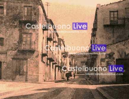 foto 13 A puntâ cursa vista dalla Piazzetta in una rara foto degli anni '30
