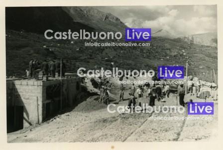 foto 8 gettata gradinata cine teatro 21 marzo 1954031