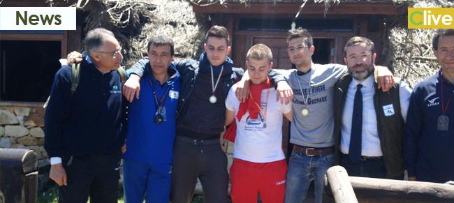 Oltre 100 ragazzi scoprono l'orienteering. Successo per la manifestazione organizzata nell'ambito della settimana europea dei Geoparchi