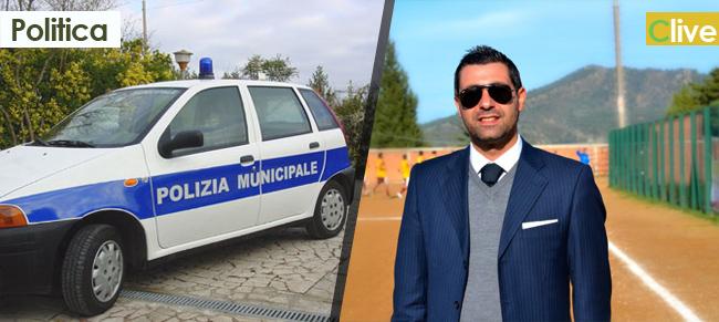 Il consigliere Capuana chiede di conoscere lo stato di manutenzione del parco automezzi a disposizione del personale Comunale