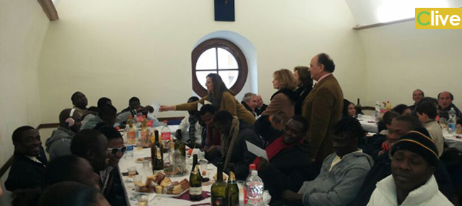 Pranzo di Natale per gli immigrati a Petralia Sottana