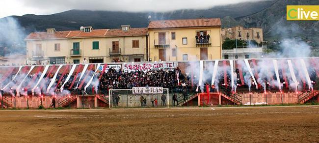 La Polisportiva Castelbuonese passeggia sulla Mamertina: 6-1 il risultato finale