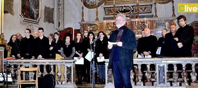"""Canti e suoni della Passione di Gesù magistralmente interpretati da """"A Nova Orchestra"""". Il concerto si ripeterà il 15 aprile"""
