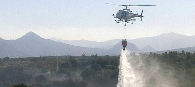 Dopo gli ultimi episodi dolosi da venerdì saranno in funzione sette elicotteri per il servizio antincendio