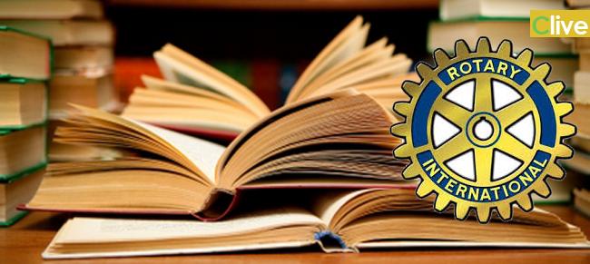 Il Club Rotary Parco delle Madonie omaggia la biblioteca di Castelbuono di testi in lingua rumena