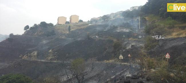 Inferno di fuoco a San Mauro Castelverde, sfiorata la tragedia