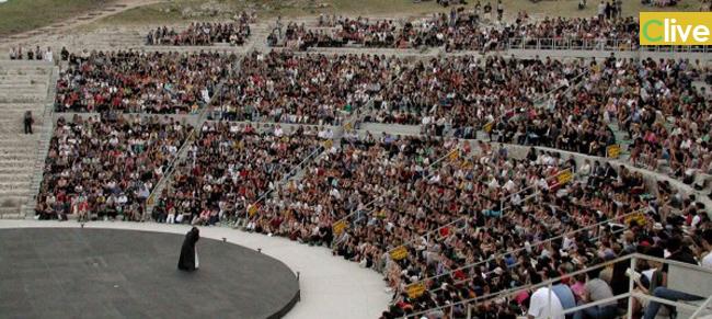 La Flai Cgil Castelbuono organizza viaggio al Teatro Greco di Siracusa per assistere alla rappresentazione di Coefore/Eumenide (Eschilo)