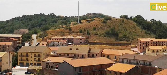 Petralia Soprana: sospeso ogni tipo di lavoro sull'antenna installata a Madonnuzza