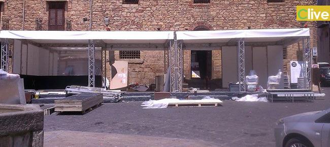 Il Movimento 5 Stelle Castelbuono intervengono in merito allo stand della Ray-Ban allestito in Piazza Margherita