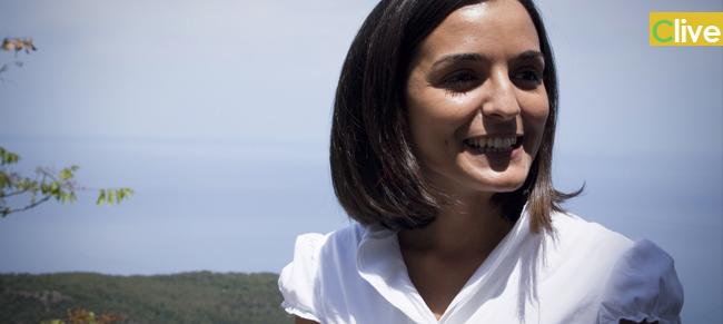 """Minacce al sindaco di Pollina. Ritrovato un sacco contenente la testa e le interiora di un capretto accanto al depuratore. Magda Culotta: """"Non mi lascio intimidire"""""""